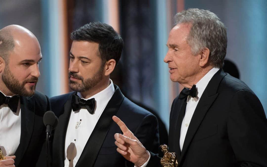 After Bashing Trump, Self-Absorbed Celebs Award Wrong Winner at Oscars