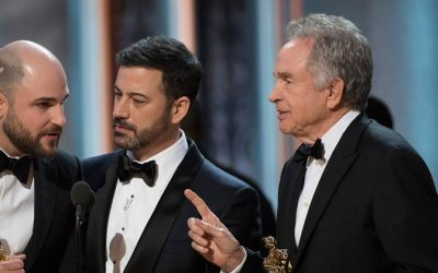 After Bashing Trump, Self-Absorbed Celebs Award Wrong Winner at Oscars