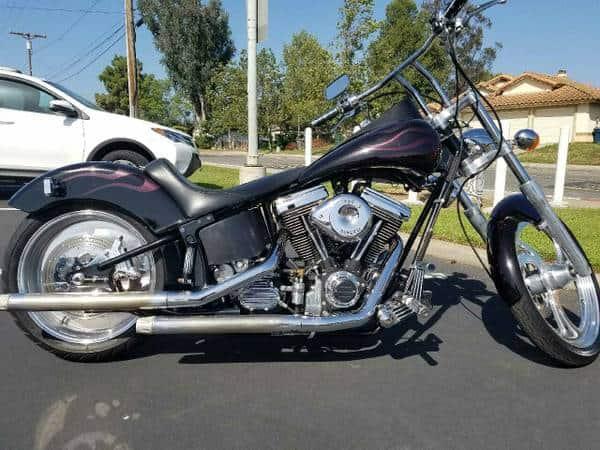 2006 Harley Street Glide/ Electra Glide – $13500