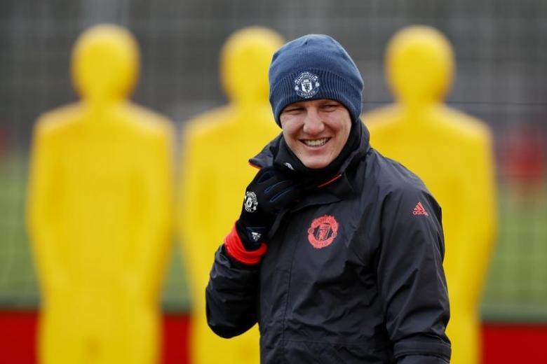 Chicago Fire sign Schweinsteiger from Man United
