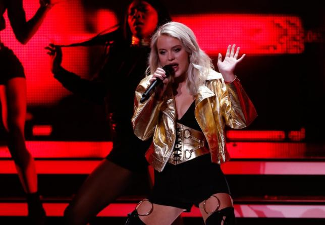 Swedish singer Zara Larsson seeks to build U.S. fan base
