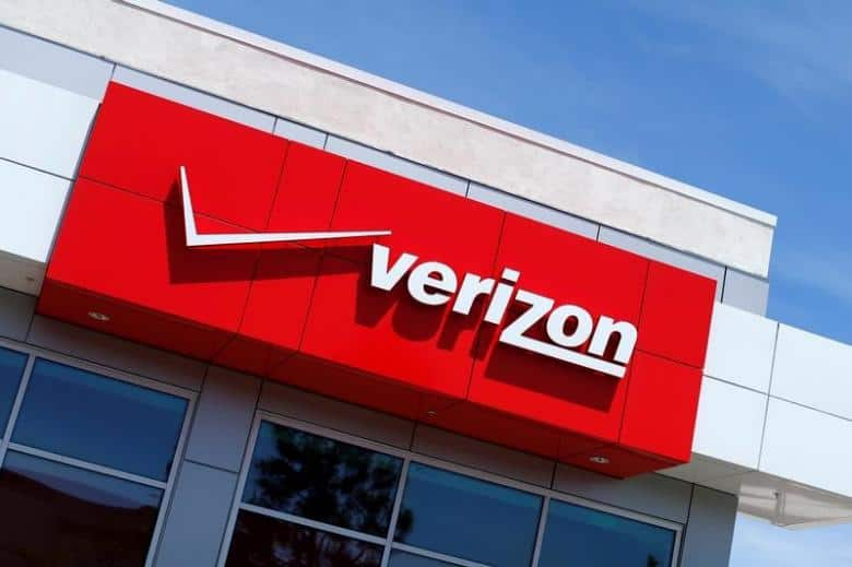 Verizon sought $925 million discount for Yahoo merger, got $350 million