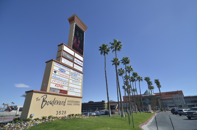 Galaxy Theatres expects to open another Las Vegas location