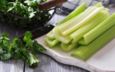 10 Amazing Benefits of Eating Celery Every Evening