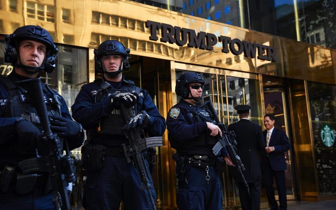 Laptop holding Trump Tower floor plans, Hillary Clinton email investigation info stolen from Secret Service agent