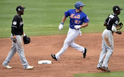 Tebow collects first hit of spring training