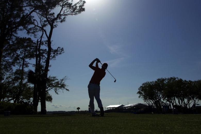 Donald, DeLaet use hole-outs to share RBC Heritage golf lead