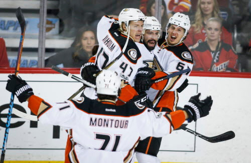 NHL Highlights: Ducks sweep Flames