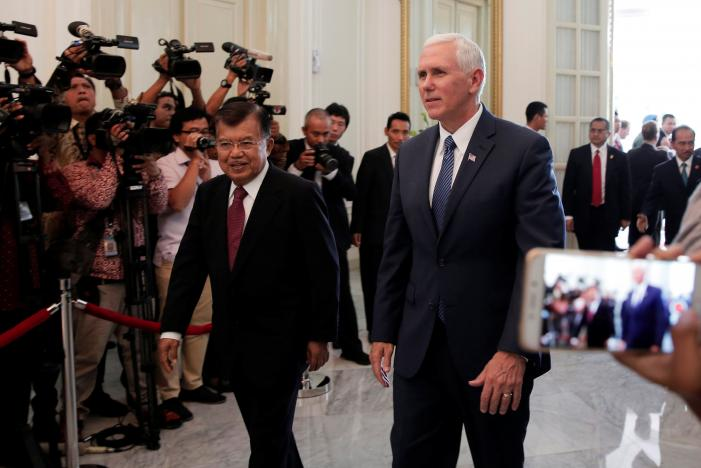 U.S. and Indonesia seek to cut trade and investment barriers
