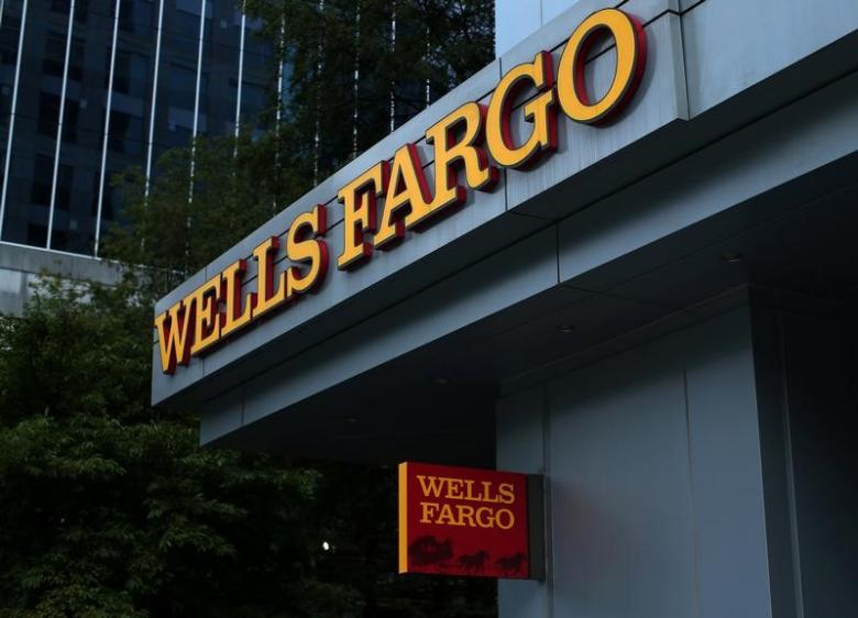 Two big California pension systems oppose nine Wells Fargo directors