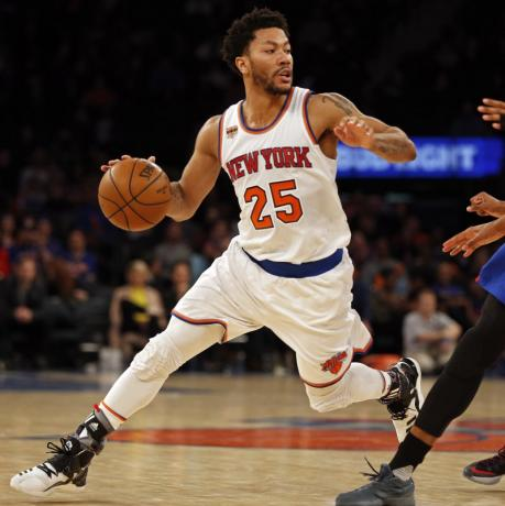 Knee injury sidelines Knicks' Rose for remainder of season