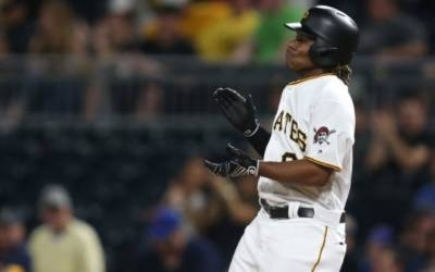 First African-born MLB player gets hit in debut