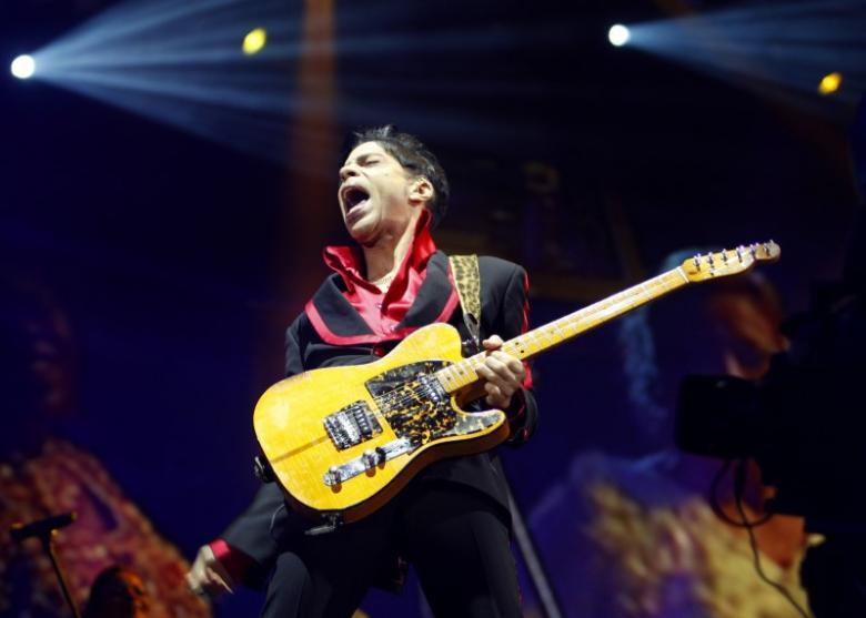 Numerous opioids found in Prince home, but no clue on source of fentanyl
