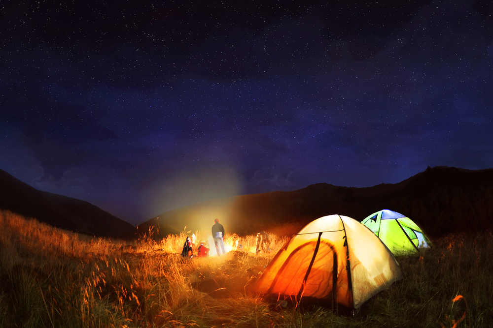 10 must-have solar-powered camping gadgets