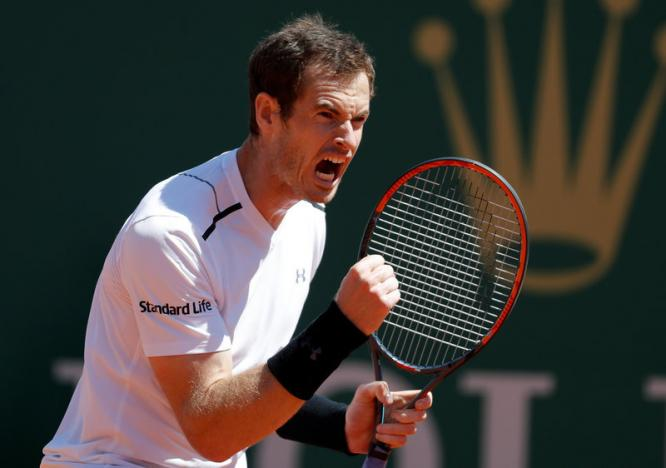 Murray back from layoff to reach Monte Carlo round three