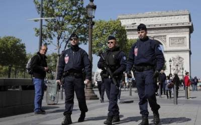 Paris gunman's criminal past in focus as police hunt second suspect