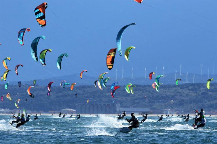 Kitesurfers descend on Mediterranean for Defi Kite race