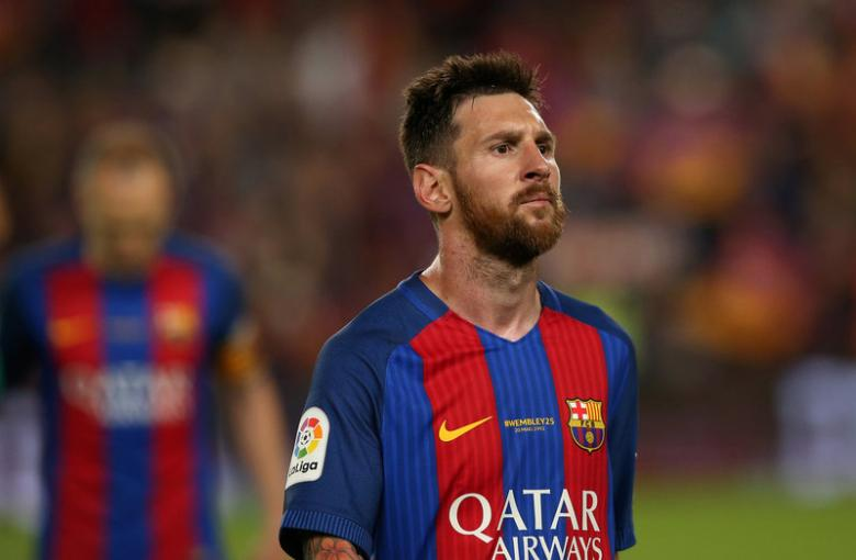 Barcelona 'fully support' Messi after fraud sentence