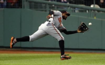 Boston fans hurl racial taunts at black Orioles player Jones