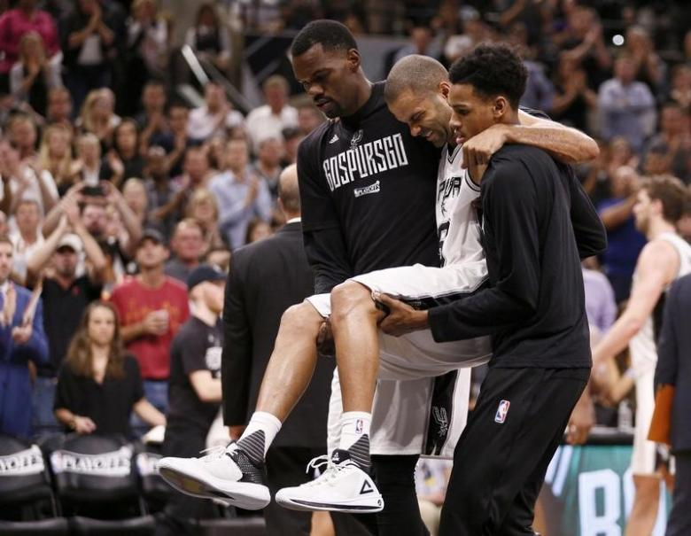 Spurs' Parker ruptures quad tendon, out for playoffs