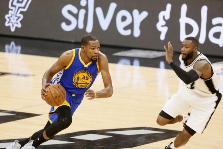 Durant not feeling pressure of NBA Finals expectations
