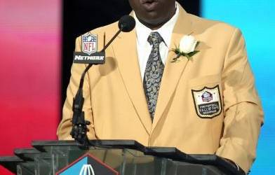 NFL Hall of Famer Cortez Kennedy dies at 48