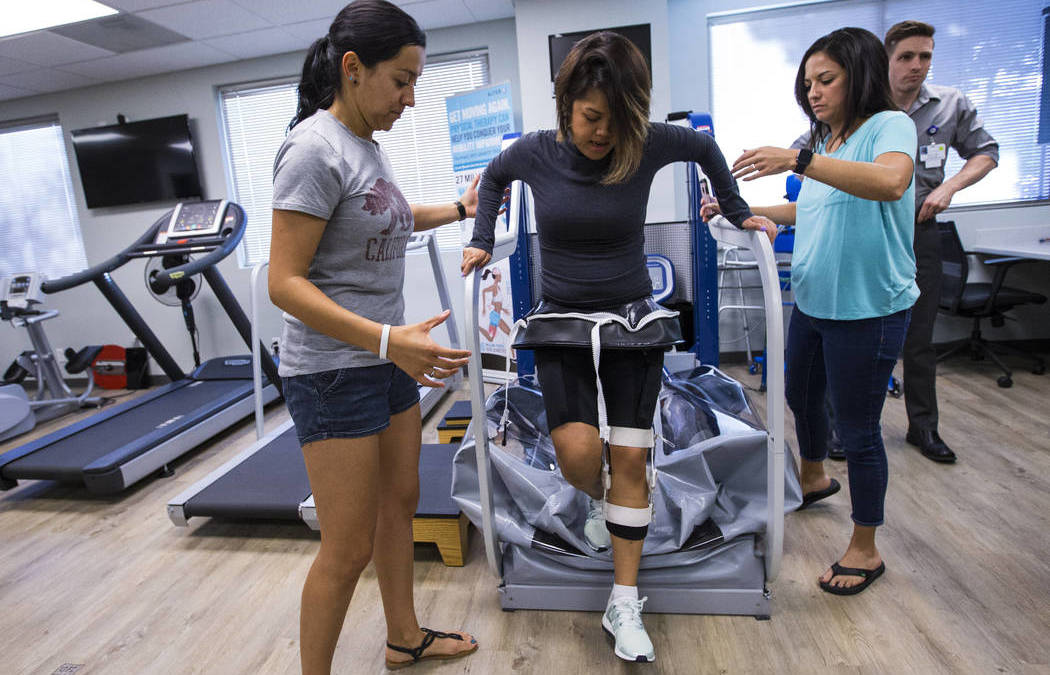 Mom supports Las Vegas woman's fight to recover from paralysis