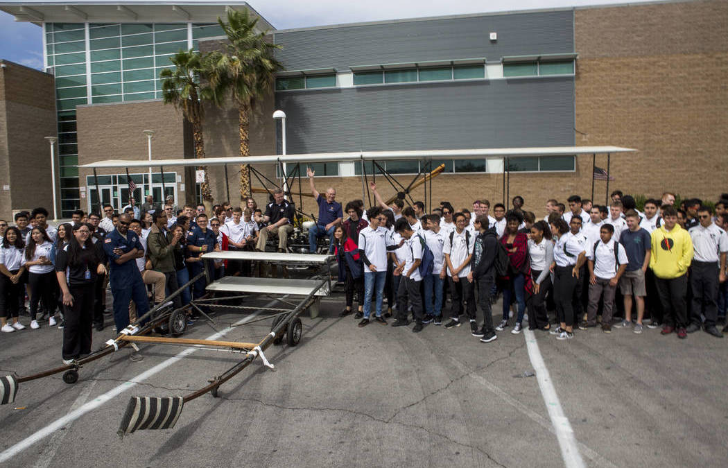 Las Vegas students to rebuild Wright brothers replica plane