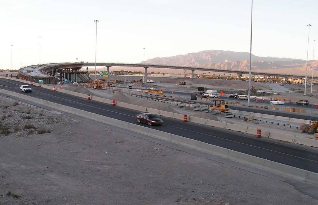 Las Vegas interchange work means road closures, reductions