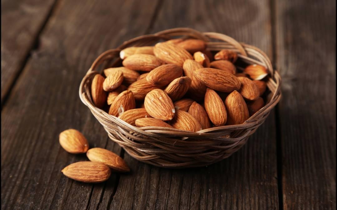 5 Unique ways to use almonds