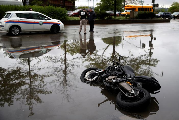 Heavy rain, wind disrupts travel for New Yorkers
