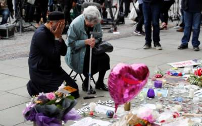 Manchester bomber had 'proven' links to Islamic State: French minister