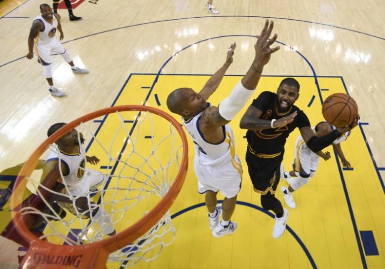 NBA: Cavaliers weigh moving Shumpert into starting lineup