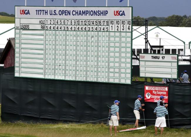 No Mickelson as 156 golfers begin chase for U.S. Open glory