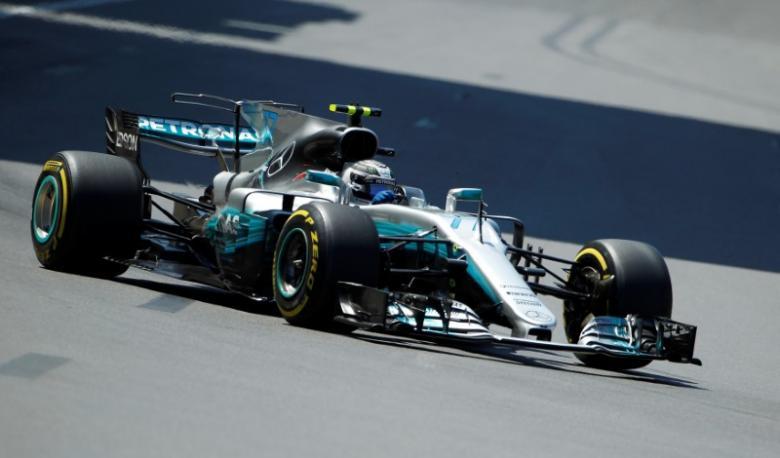 Bottas tops final Azerbaijan practice, Vettel suffers problems
