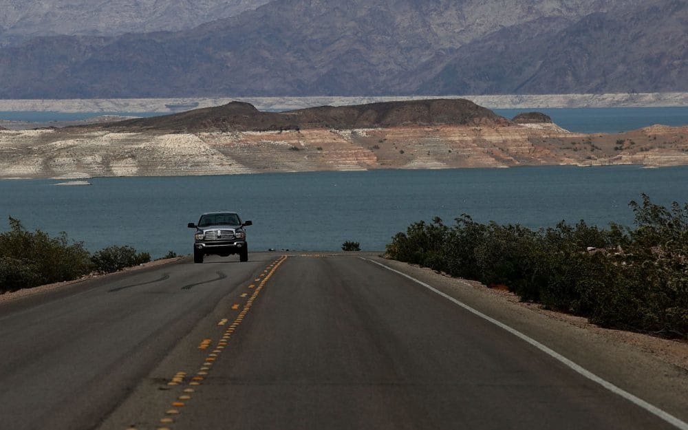 Lake Mead National Recreation Area guardrail to delay traffic