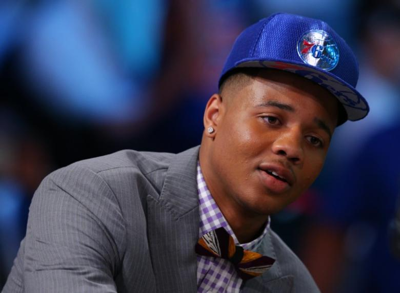 76ers top draft Fultz sprains ankle