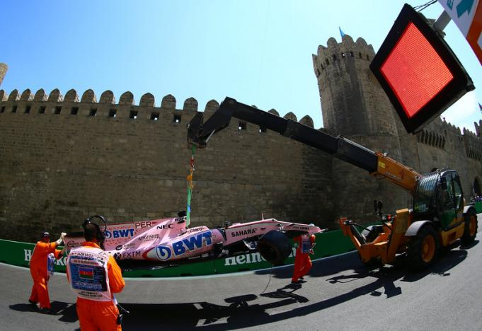 Motor racing: Force India drivers reminded that the team comes first