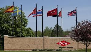 DuPont beats on strong demand in agriculture business