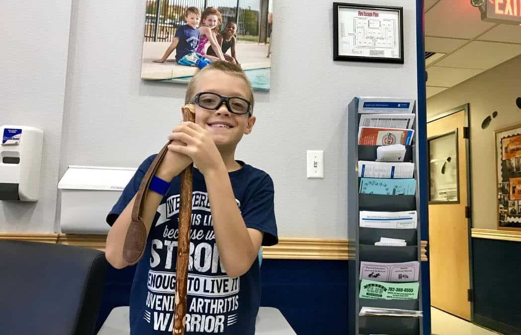 Boy, 9, and his doctor spread awareness about juvenile arthritis