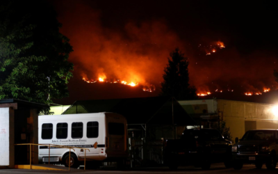 Thousands evacuated central California, wildfires burn across U.S. West