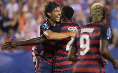 U.S. defenders double up in Gold Cup win over El Salvador