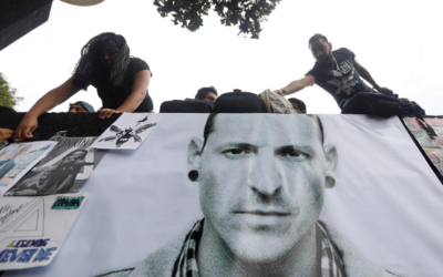 Brokenhearted Linkin Park remember Bennington – and his demons