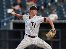 Yankees coast to 12-5 win over Mets