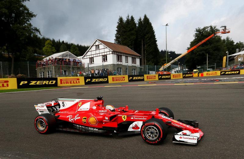 Vettel three-year Ferrari extension 'a no-brainer'