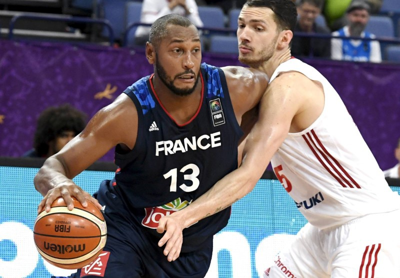 Basketball: Diaw returning to native France, say reports
