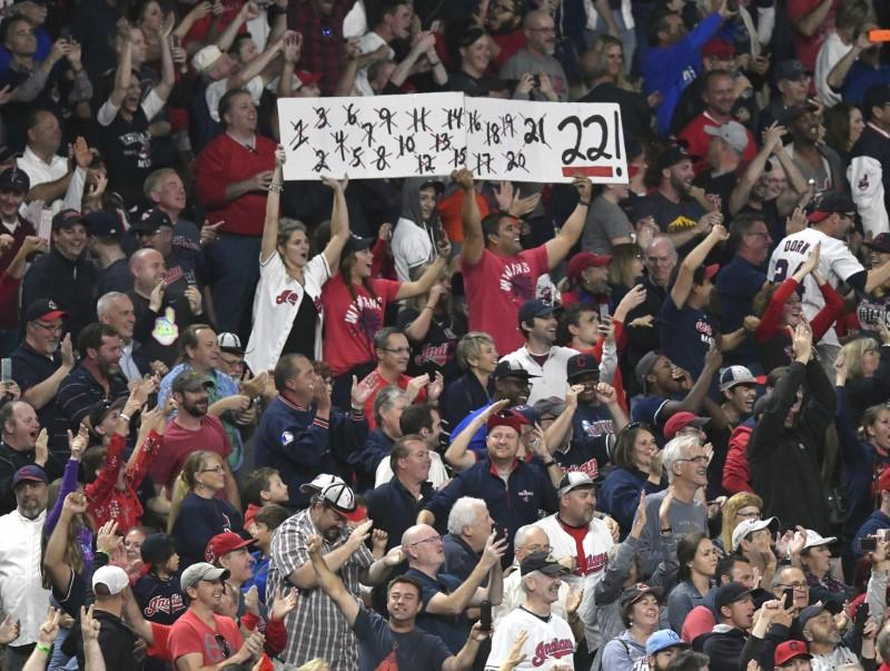 Indians' winning streak at 22 games after victory over Royals