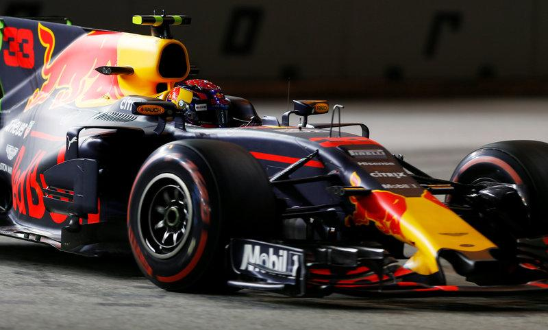 Motor racing: Red Bull and Renault brush off engine 'speculation'