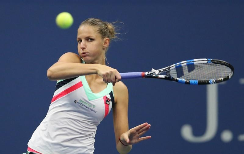 No coach, no problem as Pliskova targets WTA Finals