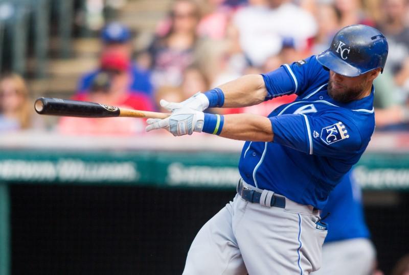MLB breaks record for home runs in season